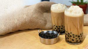 milk-tea-with-black-pearls-50469116